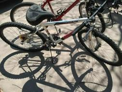 2 20 IN MOUNTAIN BIKES MAGNA,ROADMASTER A LITTLE OLD AND WOR
