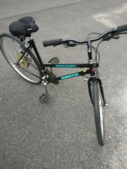 Schwinn Crisscross Women's Bike