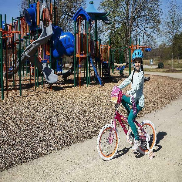 18 girls mysterious bike with handlebar bag