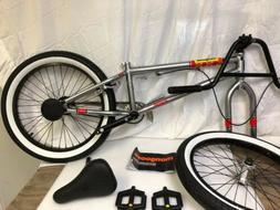 Mongoose Legion Freestyle BMX Bike Line for 20-Inch Wheels S