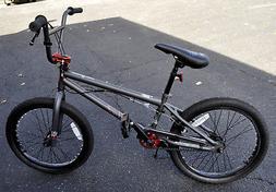Mongoose Boy's Legion L40 Bicycle, 20-Inch, Matte Grey
