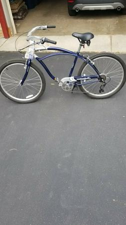 "New Women's Schwinn Jaguar 26"" Bike"