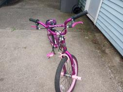 For SALE KENT 20 INCH GIRL bicycle $50 OBO a yr old,was gift