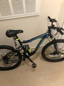 Mongoose Trail Blazer Mountain Bike, 24-inch wheels, 21 spee